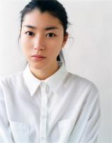東海テレビ・フジテレビ系オトナの土ドラ『リテイク(仮)』那須野薫役の成海璃子