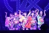 アップアップガールズ(仮)、初の武道館公演を開催