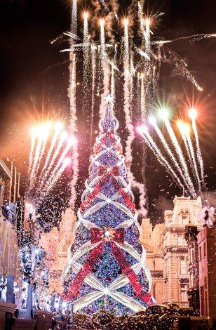 ユニバ クリスマス ツリー 2020