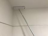 お風呂のカビ掃除の回数を減らすには、床ではなく、天井を磨く(C)テレビ朝日