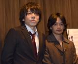 映画『裏切りの街』初日舞台あいさつに登壇した(左から)三浦大輔監督、池松壮亮 (C)ORICON NewS inc.