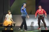 『サンバイザー兄弟』フォトコールに登場した(左から)清野菜名、瑛太、増子直純(撮影:引地信彦)