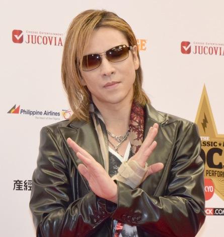 『第12回THE CLASSIC ROCK AWARDS 2016+LIVE PERFORMANCE』レッドカーペットに来場したYOSHIKI (C)ORICON NewS inc.