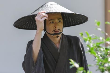 7月10日放送の大河ドラマ『真田丸』第27回より。不安が頂点に達した秀次は・・・(C)NHK