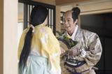 大河ドラマ『真田丸』第15回より。秀次は屋敷できり(長澤まさみ)と出会う(C)NHK