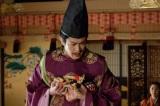 大河ドラマ『真田丸』第26回より。秀次に男子が誕生したが…