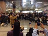 ピコ太郎が台湾を初訪問 空港到着ロビーは騒然