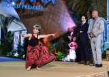 アウリィ・カルバーリョはフラダンスを披露 (C) 2016 Disney. All Rights Reserved.