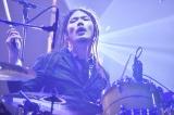 [Alexandros]『Tour 2016〜2017 〜We Come In Peace〜』初日公演より Photo by Yuki Kawamoto