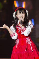 読売テレビ・日本テレビ系音楽特番『ベストヒット歌謡祭2016』(後7:00)でセンターを務めたNMB48・山本彩加(C)NMB48
