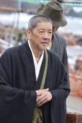 NHK・BSプレミアムで11月19日放送、『獄門島』より。了然役の奥田瑛二(C)NHK