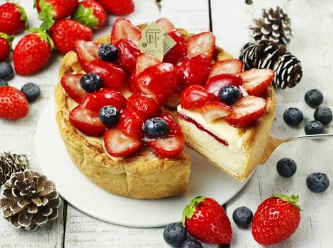 サムネイル 「パブロ」の12月の季節限定タルトは『たっぷりいちごのチーズタルト』