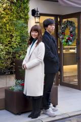 『わたしに運命の恋なんてありえないって思ってた』で共演する多部未華子(左)と高橋一生 (C)関西テレビ