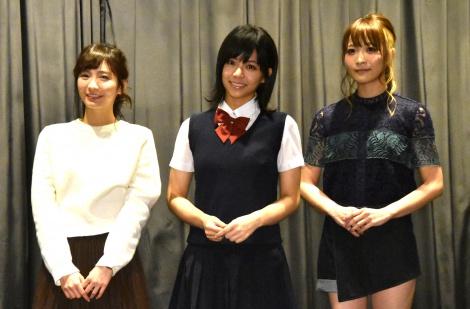 台湾映画『私の少女時代-OUR TIMES-』初日舞台あいさつに出席した(左から)ほのか、ビビアン・ソン、May'n (C)ORICON NewS inc.