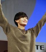 ガッツポーズをみせた押田岳さん(身長175センチ、体重58キロ、A型)(C)ORICON NewS inc.