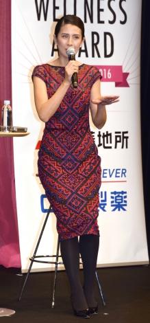 『WELLNESS AWARD OF THE YEAR 2016』の表彰式に出席した長谷川理恵 (C)ORICON NewS inc.