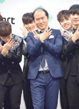 韓国のアイドル、少年24と共演した斎藤司=『Mnet Smartリニューアル 少年24 初来日記念発表会』(C)ORICON NewS inc.