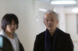 森田鉄雄役で連続ドラマ初主演を務める池松壮亮(左)(C)テレビ東京