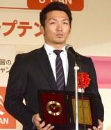 「神ってる」で2016流行語大賞を受賞したでプロ野球・広島カープの鈴木誠也選手 (C)ORICON NewS inc.