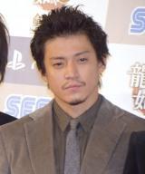 『龍が如く6 命の詩。』の完成披露イベントに出席した小栗旬 (C)ORICON NewS inc.