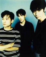 L⇔R(写真左から黒沢秀樹、黒沢健一さん、木下裕晴)