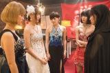 アイドルグループ・HKT48の宮脇咲良が、初の単独主演を勤めた日本テレビの連続ドラマ『キャバすか学園』(毎週土曜 深夜24:55※関東ローカル)劇中カット(C)「キャバすか学園」製作委員会