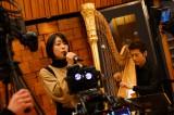 GYAO!の生配信番組『30代はほどほど。』で復帰後初の生歌を披露した宇多田ヒカル Photo by 岸田哲平