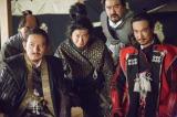 徳川を迎え討つべく軍議を行う豊臣方の面々(C)NHK