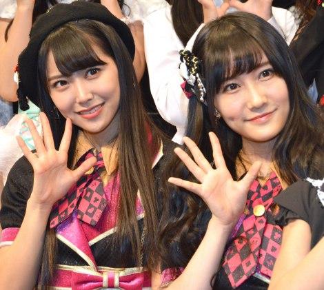 NMB48の(左から)白間美瑠、矢倉楓子=『Kawaiian TV SUPER LIVE 2016〜2周年もみ〜んな一緒だよっ スペシャル〜』前の囲み取材 (C)ORICON NewS inc.