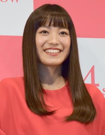 映画『君と100回目の恋』完成披露舞台あいさつの模様 (C)ORICON NewS inc.