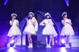 こじはるが絶賛した白組の美少女ユニット(左から久保怜音、加藤玲奈、島崎遥香、小栗有以)(C)AKS