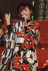 """『第6回AKB48紅白対抗歌合戦』でじゃんけん選抜ユニット""""じゃんけん民""""が「逆さ坂」を初披露 (C)ORICON NewS inc."""