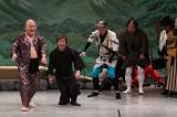 舞台では体を張った芸で人気を博した島木譲二さん(2009年新喜劇50周年時)
