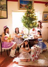 欅坂46が『月刊ヤングマガジン』1号のグラビアをジャック (C)細居幸次郎/ヤングマガジン