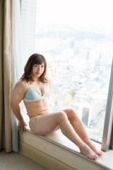 究極の肉体美を惜しげもなく披露した中井りん(C)佐藤佑一/週刊プレイボーイ