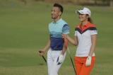 初対面が実現したサッカー元日本代表の中田英寿氏と若手注目のプロゴルファー・渡邉彩香選手