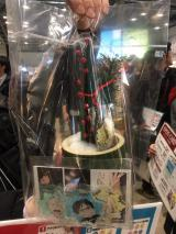 """丸井ブースは、""""ユーリ!!!門松""""を販売"""