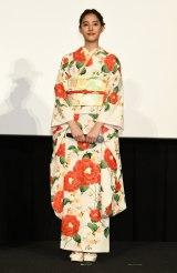 映画『僕らのごはんは明日で待ってる』公開直前イベントに登壇した新木優子