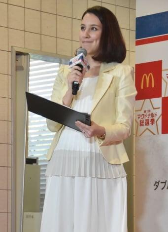 サムネイル ふっくらしたお腹で登場した政井マヤ (C)ORICON NewS inc.