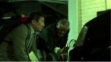 1月6日放送、テレビ朝日系『超実話ミステリー』第2弾。鑑定人の相見忍・薫父子(C)テレビ朝日
