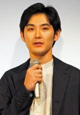 『カルテット』試写会に出席した松田龍平