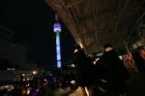 1月9日に行われた前夜祭イベントでは「レインボータワー」にNGT48の文字が浮かび上がった(C)AKS