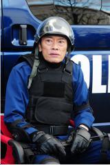 1月13日スタート、テレビ東京系ドラマ24『バイプレイヤーズ〜もしも6人の名脇役がシェアハウスで暮らしたら〜』第1話より。遠藤憲一(C)「バイプレイヤーズ」製作委員会
