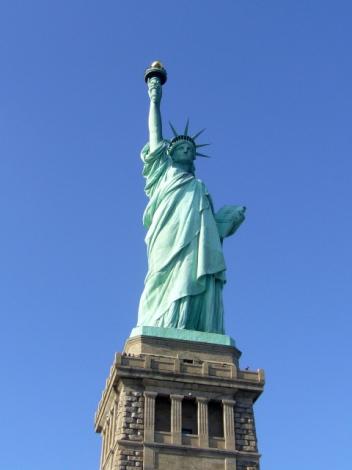 「自由の女神」や「メトロポリタン美術館」などを無料で楽しむ方法とは?