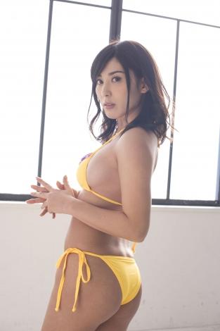 金子智美さんのビキニ