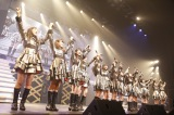 2時間半にわたって全25曲を熱演=『AKB48 16期生コンサート〜AKBの未来、いま動く!〜』より(C)AKS