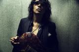 BAROQUEのライブに演出アドバイザーとして参加するL'Arc〜en〜CielのKen