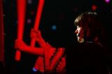 大太鼓を披露した小熊倫実=『NGT48 1周年記念コンサート in TDC〜Maxときめかせちゃっていいですか?〜』より(C)AKS