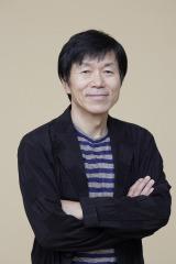 テレビ東京系ドラマ『バイプレイヤーズ〜もしも6人の名脇役がシェアハウスで暮らしたら〜』にゲスト出演する平田満