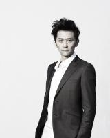 テレビ東京系ドラマ『バイプレイヤーズ〜もしも6人の名脇役がシェアハウスで暮らしたら〜』にゲスト出演する村上淳